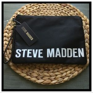 NWT Steve Madden Lg Wristlet Pouch